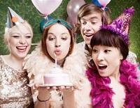 сценарий дня рождения для девушки прикольный в домашних условиях
