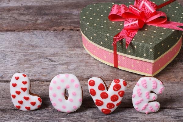 К дню всех влюбленных подарки своими руками